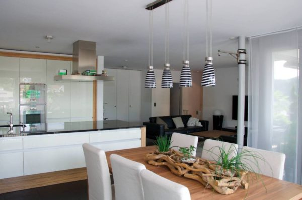Terrassenwohnung an exklusiver Hanglage mit herrlicher Weitsicht in den Jura