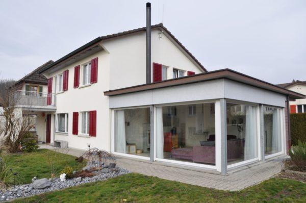 Zentral gelegenes, freistehendes 6-Zimmer Haus nähe Aarau